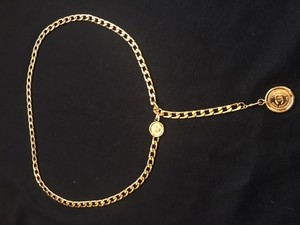 Chanel AUTH CHANEL VINTAGE CC LOGOS MEDALLION CHAIN BELT GOLD-TONE