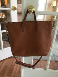 Madewell Satchel in Saddle brown