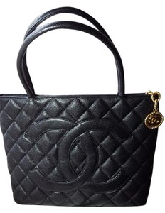 Chanel Leather Medallion Tote in Black