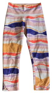 Lululemon Lululemon True Self Crop Size 6 Multi-color