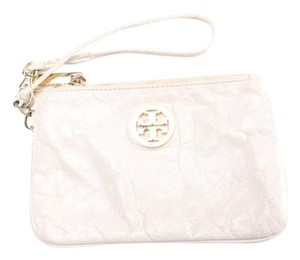 Tory Burch Authn. Tory Burch Wristlet