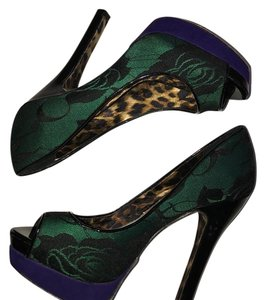 Betsey Johnson Kelly green, purple, black Platforms