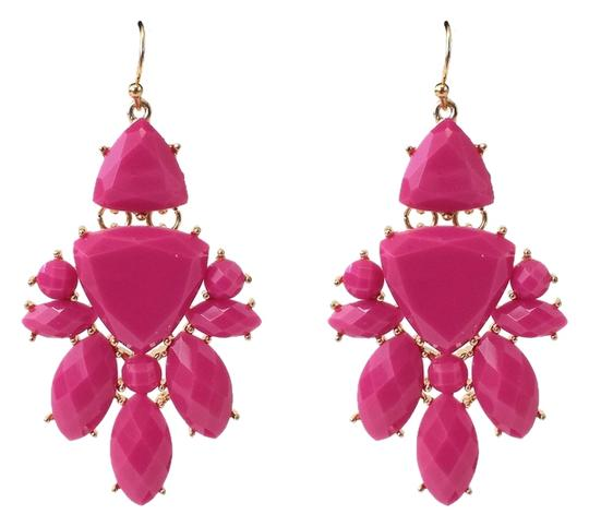 Preload https://item4.tradesy.com/images/magenta-and-gold-chandelier-earrings-1998353-0-0.jpg?width=440&height=440