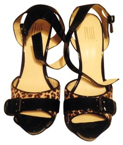Pelle Moda Black/Leopard Pumps
