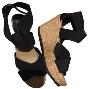Kenneth Cole Black and tan Wedges