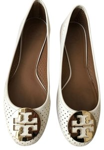 Tory Burch Reva Size 10 Cream Flats