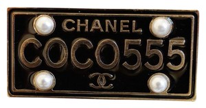 Chanel Chanel Cuba Cruise 2017 Gold Metal Black Plate COCO555 Brooch Pin