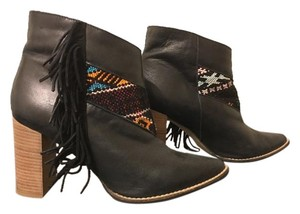 Howsty Boots