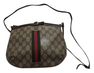 Gucci Rare Early Style Excellent Vintage High-end Bohemian Buckle Accent Hobo Bag