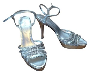 Michelangelo Silver Pumps