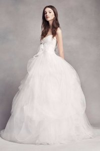 Vera Wang White By Vera Wang Draped Tulle Wedding Dress - Style: 4xlvw351339 Wedding Dress