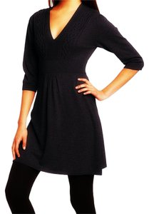Susina Sweater Cable Knit Elbow Sleeve V-neck Dress
