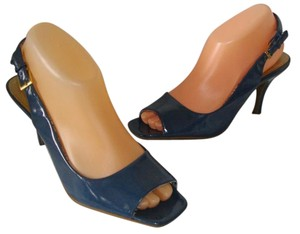 44b49ba72b8c Tahari Slingback Open Toe Vintage Patent Leather Blue Sandals