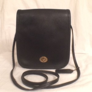 Coach Leather Vintage Messenger Cross Body Bag