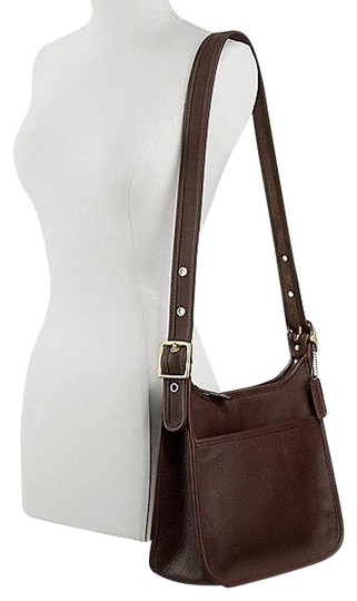 Preload https://item1.tradesy.com/images/coach-classic-legacy-mahogany-leather-hobo-bag-1998885-0-0.jpg?width=440&height=440