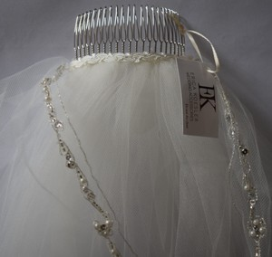 Erica Koesler Erica Koesler 801-120 Single Tier Beaded Wedding Veil