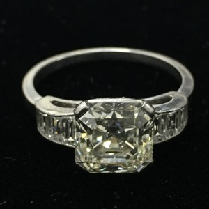 Royal Asscher Cut 2.37cts Diamond Platinum Ring