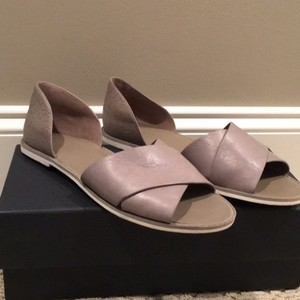 Vince Woodsmoke (taupe) Sandals
