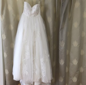 Eden Ivory Lace # Formal Wedding Dress Size 8 (M)