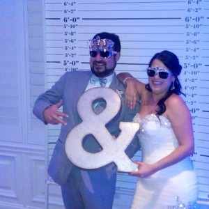 Extra Large Metal Ampersand Sign - Cute Photo Booth Prop