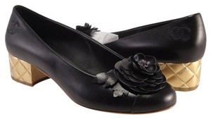 Chanel Flower Camelia Coco black Pumps