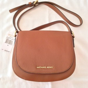 360a3c4d35069c Added to Shopping Bag. MICHAEL Michael Kors Bedford Messenger Cross Body Bag