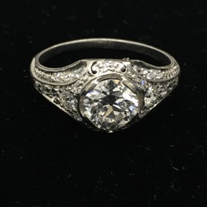 Antique Art Deco 1.13ct Circular Brilliant Cut Diamond Engagement Ring In Platinum