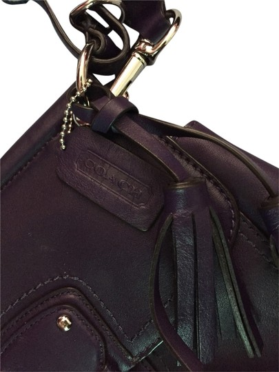 Preload https://item4.tradesy.com/images/coach-purple-leather-cross-body-bag-1999173-0-0.jpg?width=440&height=440