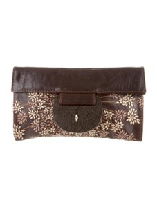 R & Y Augousti Embroidered Stingray Gucci Louis Vuitton Chocolate Brown Clutch