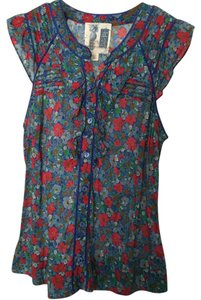 Edme & Esyllte Floral Print Top Blue/red