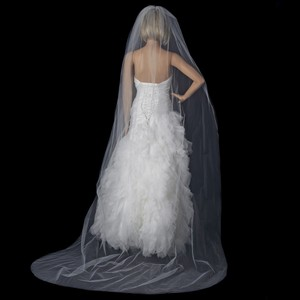 Elegance by Carbonneau White Long Single Layer Cathedral Length Cut Edge Vc 1c Bridal Veil