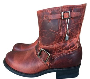 Frye Engineer 8r Burnt Red Color Sz 9 Boots