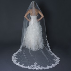 Elegance by Carbonneau Ivory Long Single Layer Cathedral Length Scalloped Lace Edge V-1147-1c Bridal Veil