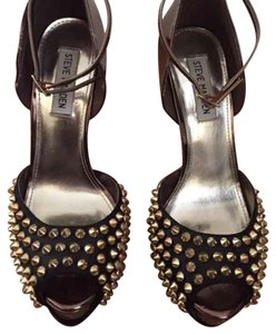 Steve Madden Black/ Copper/Gold Platforms