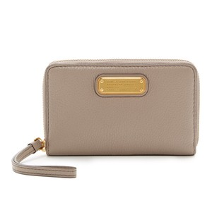 Marc by Marc Jacobs Leather Phone Case Wallet Wristlet in Beige