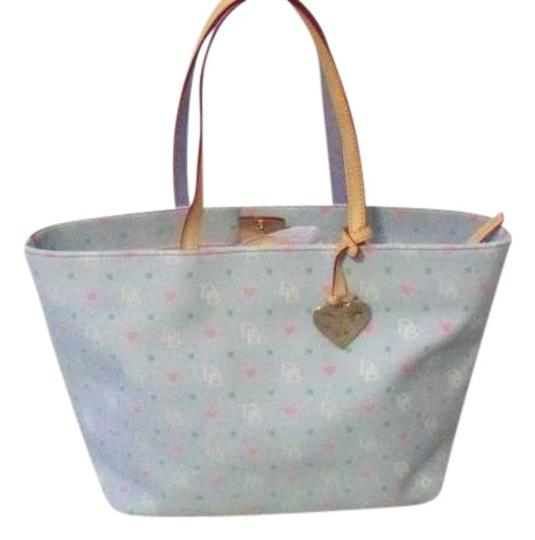 Preload https://item4.tradesy.com/images/dooney-and-bourke-light-blue-with-light-pink-inside-tote-199953-0-0.jpg?width=440&height=440