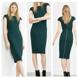 Zara short dress Green on Tradesy
