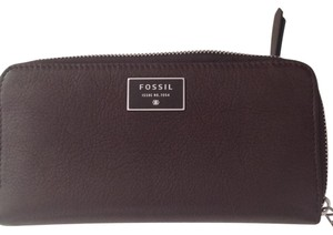 Fossil Large New Multiple Zippered Wallet