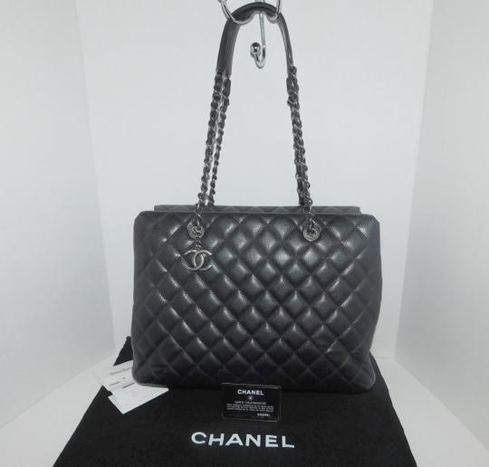 Preload https://item5.tradesy.com/images/chanel-quilted-cavier-city-shopping-black-leather-tote-19997094-0-0.jpg?width=440&height=440