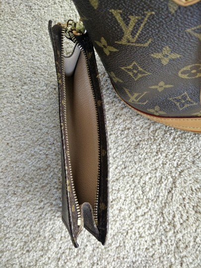 Louis Vuitton Shoulder Monogram Petit Bucket Tote in Brown