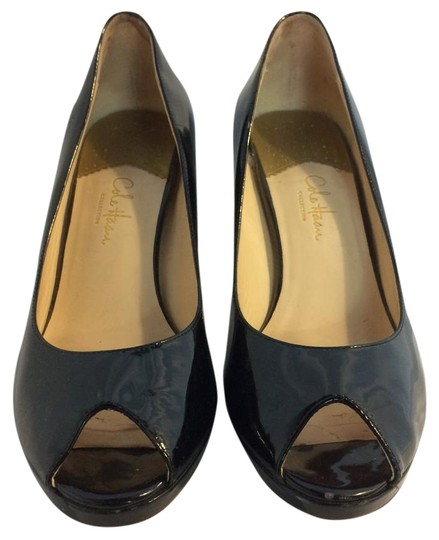 Preload https://item4.tradesy.com/images/cole-haan-black-pumps-size-us-9-regular-m-b-19997618-0-1.jpg?width=440&height=440