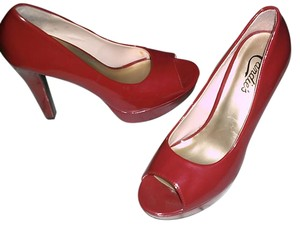 Candie's Red Pumps