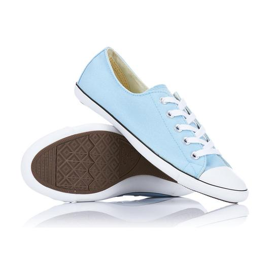 Preload https://img-static.tradesy.com/item/19998055/converse-light-ox-sneakers-size-us-9-regular-m-b-0-0-540-540.jpg