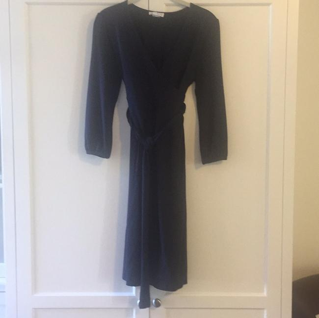 Preload https://item3.tradesy.com/images/ingrid-and-isabel-navy-maternity-workoffice-dress-size-6-s-28-19998247-0-1.jpg?width=400&height=650