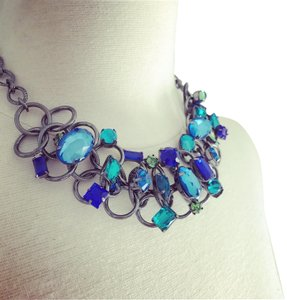 Ivy Chic Blue Romance Faceted Stone Collar Necklace
