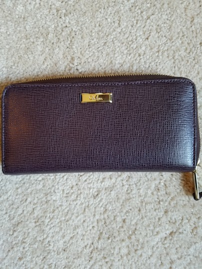 Preload https://item1.tradesy.com/images/cole-haan-red-leather-wallet-19998785-0-0.jpg?width=440&height=440