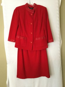 St. John Evening Collection