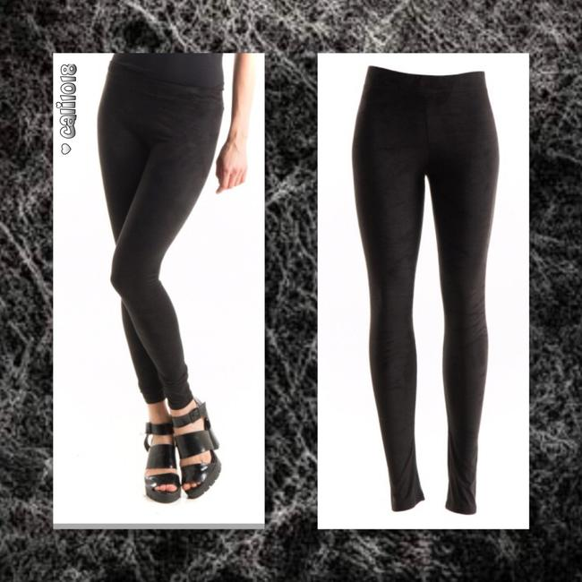 Preload https://item2.tradesy.com/images/black-new-faux-suede-leggings-size-8-m-29-30-19999096-0-0.jpg?width=400&height=650