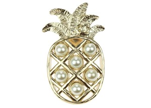 Chanel 17C Soft Gold Pineapple Pearl CC Brooch Pin