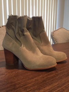 Splendid Chunky Suede Canvas Taupe Boots